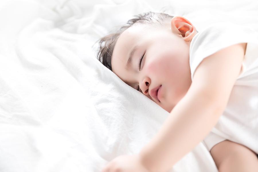 糜蛋白酶在儿科患者治疗中发挥重要作用